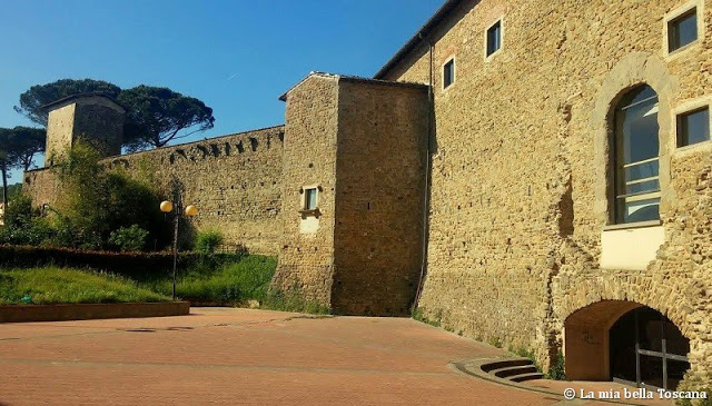 Mura medioevali di Toscana