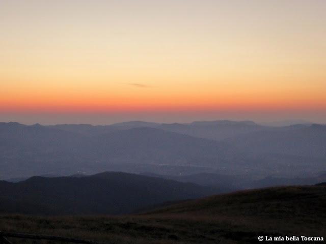 Prima dell'alba in montagna Toscana