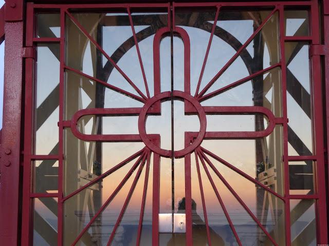 Alba alla Croce del Pratomagno