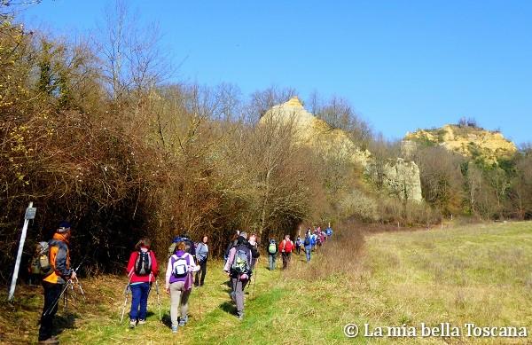 Camminare e viaggiare a piedi